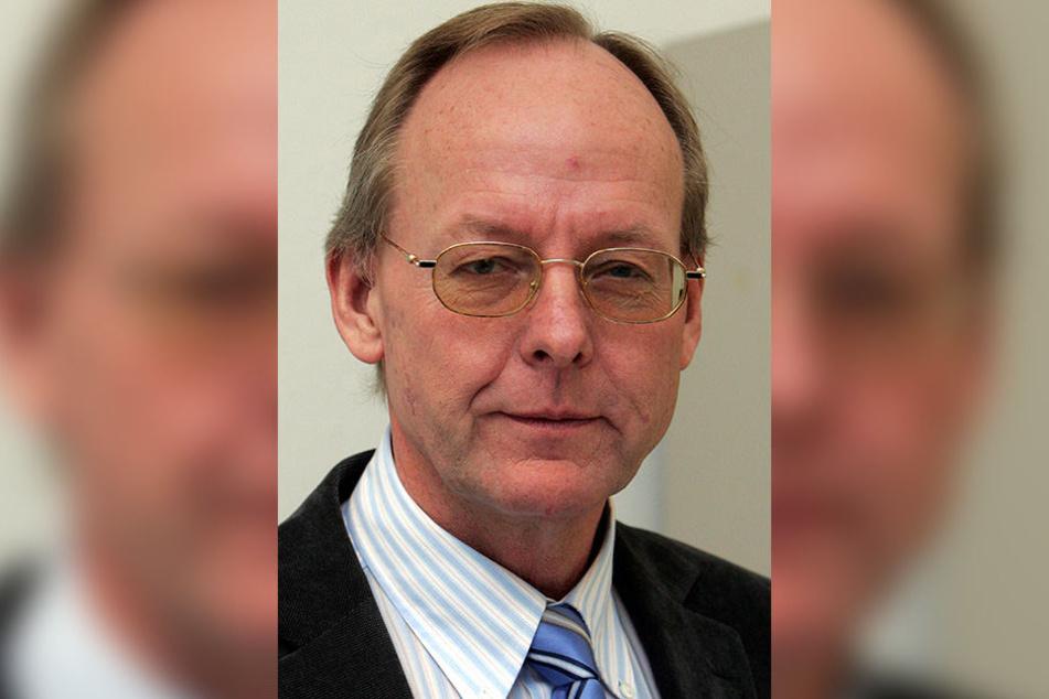 Finanzamt-Leiter Wolfgang Blome ist sauer.