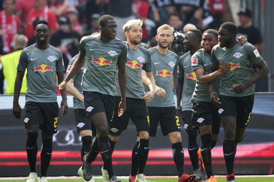 Die Roten Bullen müssen einen Tag nach dem Rückspiel der 2. Qualirunde der Europa League in Österreich gegen Huddersfield ran.