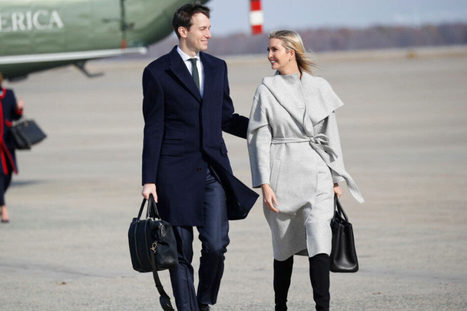 Jared Kushner (l), Berater von US-Präsident Trump, und seine Frau Ivanka Trump, Assistentin und Tochter von US-Präsident Trump.