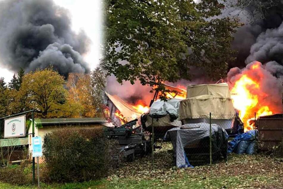 Riesige Rauchwolke! 20 Boote in Flammen