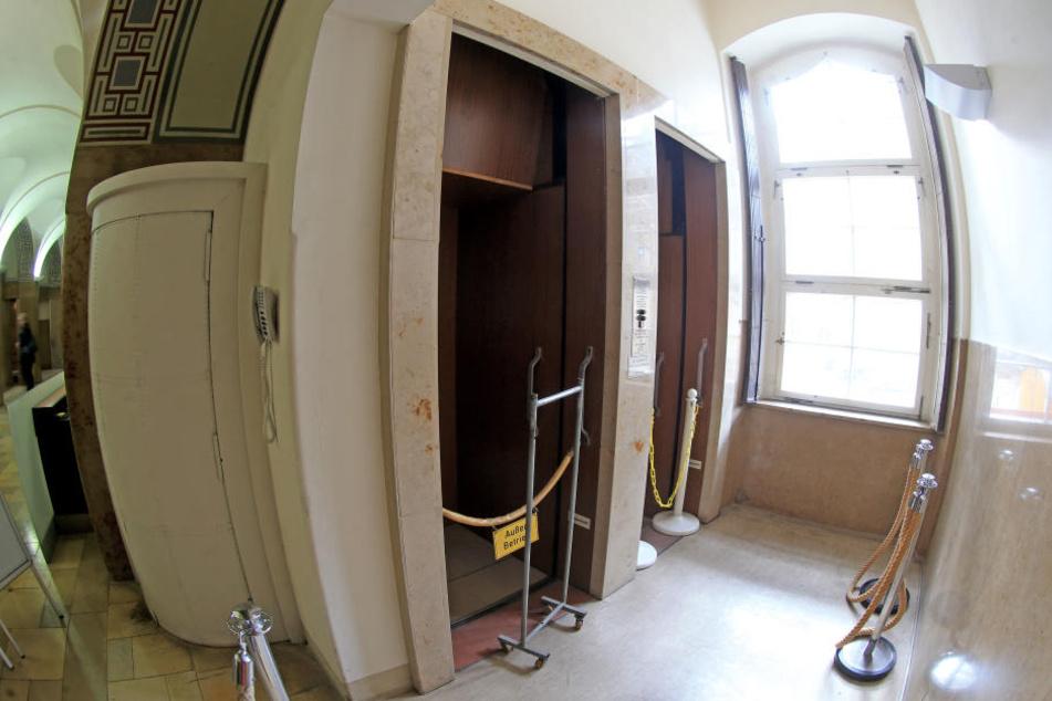 Der Paternoster ist 2009 stillgelegt worden, nun beginnt die Sanierung.