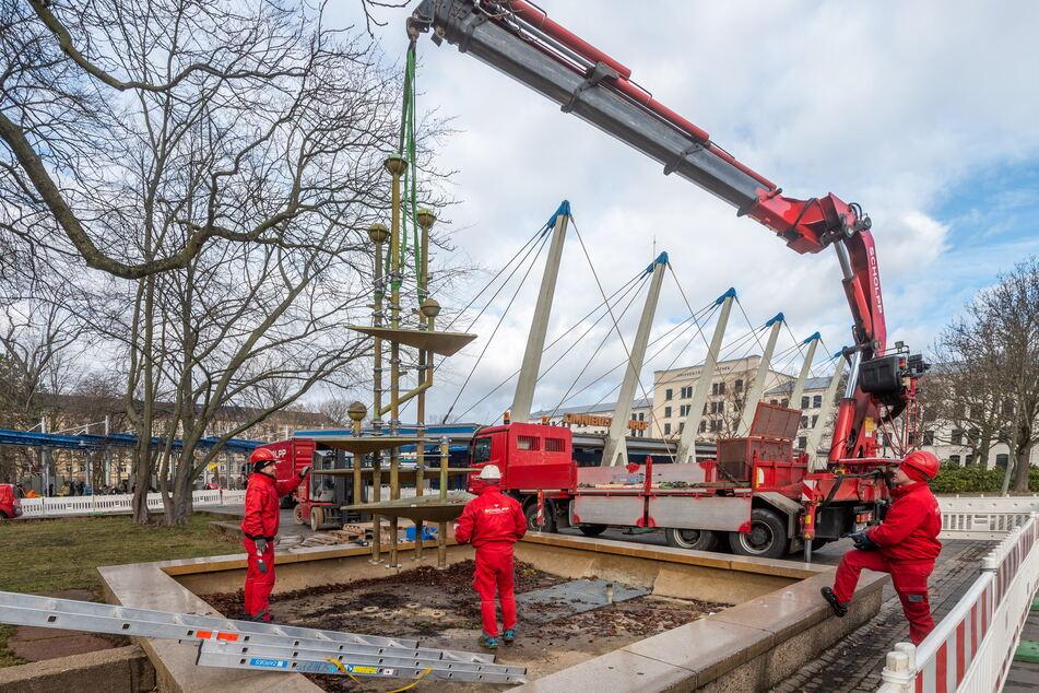 Der defekte Brunnen am Busbahnhof war im Februar von einer Spezialfirma demontiert worden.