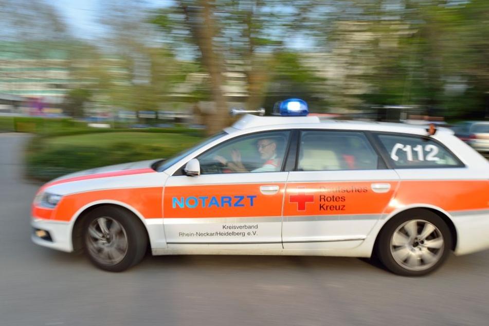 Zwei Männer bei Prügel-Attacke verletzt: Polizei sucht Zeugen
