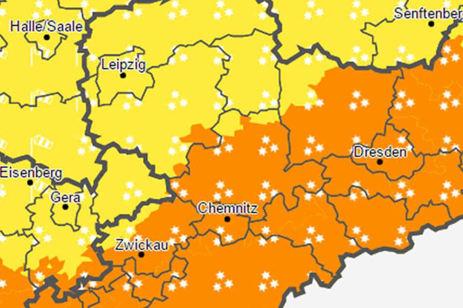 Der Deutsche Wetterdienst warnt in Sachsen vor Schneeverwehung, starken Windböen und Frost.