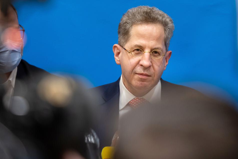 Ex-Verfassungsschutzchef Hans-Georg Maaßen (58, CDU) wettert gegen die Grünen und die SPD. Er beklagt sich über eine Dämonisierung seiner Person.