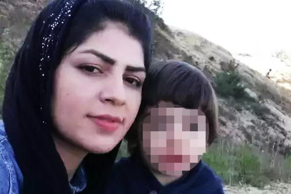 Aqele S. (25), hier mit ihrem jüngsten Sohn Suleman (3), wurde von ihrem  Ehemann ermordet.