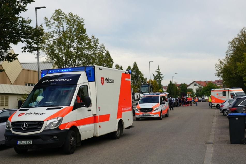 Rettungskräfte sind vor Ort.