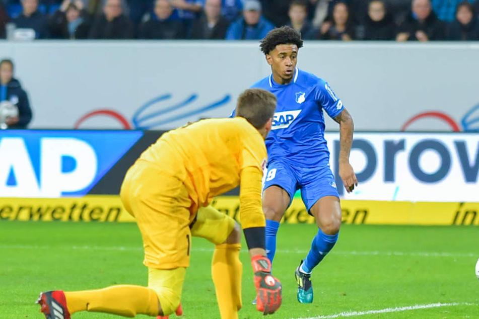 Reiss Nelson traf auch gegen die Augsburger wieder: Er ist der Jungstar der TSG.