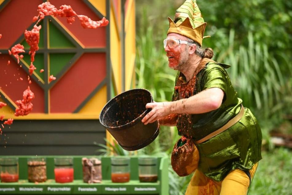 Ein ordentlicher Schwall verrotteter Tomaten landete in Markus Reineckes Gesicht.