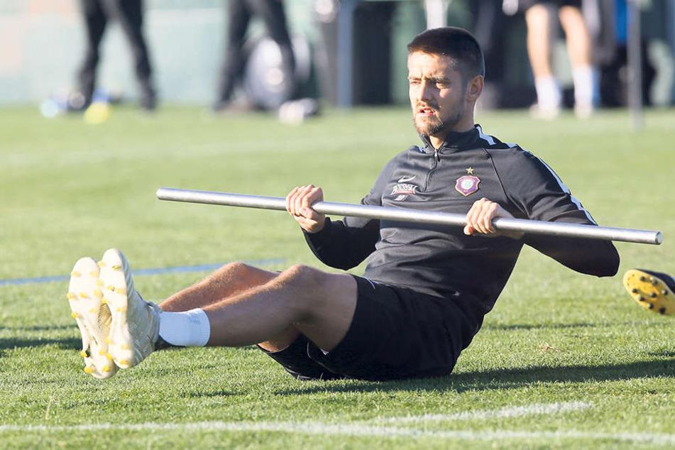 Auch Dimitrij Nazarov genoss die Bedingungen im spanischen Camp und arbeitete an seiner Fitness.