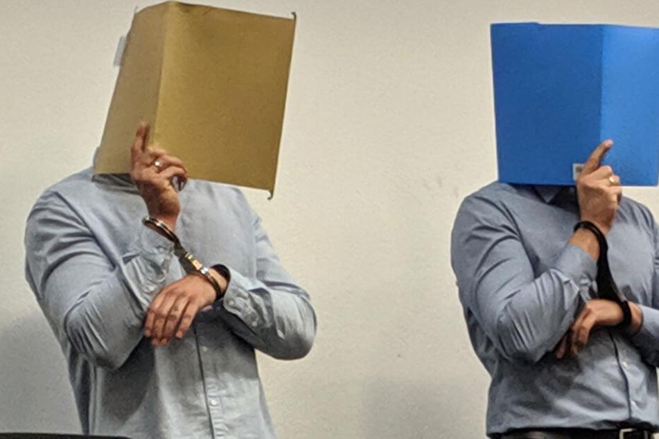 Die zwei Angeklagten im Landgericht Stuttgart.