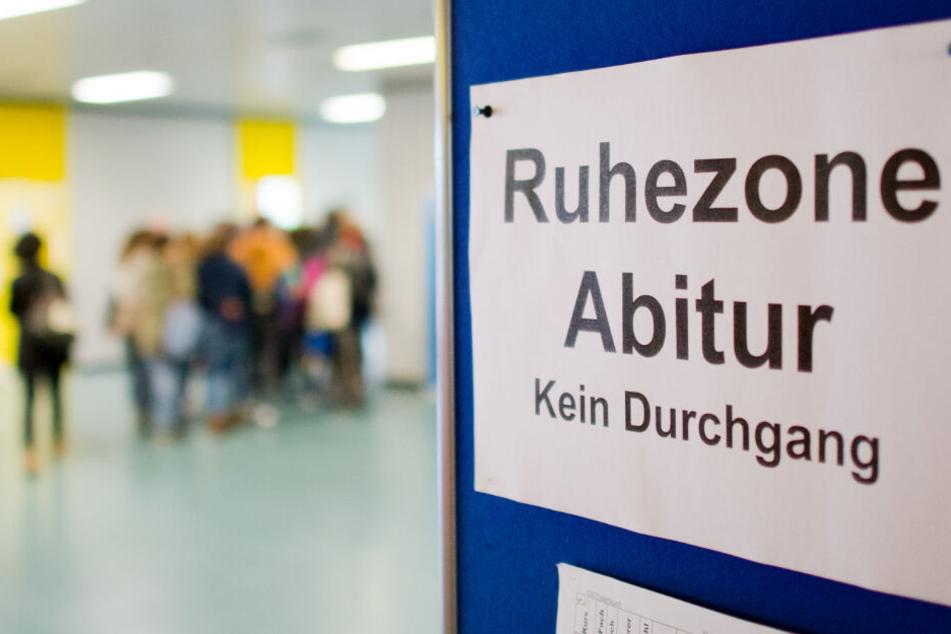 Bayern, Sachsen, Bremen, Hamburg, Mecklenburg-Vorpommern, Niedersachsen und Schleswig-Holstein hatte ähnliche Aufgabenstellungen im diesjährigen Mathe-Abi.