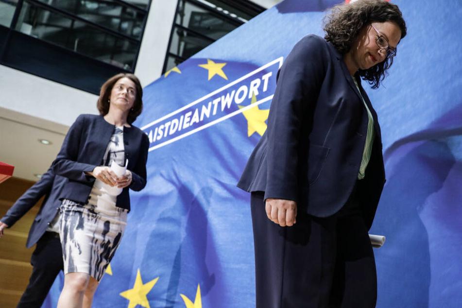 Andrea Nahles (r-l), SPD-Bundesvorsitzende und Fraktionsvorsitzende, Katarina Barley, SPD-Spitzenkandidatin für die Europawahl, und Udo Bullmann (verdeckt), SPD-Spitzenkandidat für die Europawahl, bei einer Pressekonferenz im Mai.