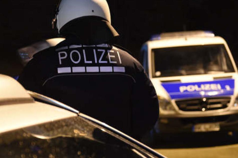 Polizei musste am späten Freitagabend anrücken, um den betrunken Mann festzunehmen.