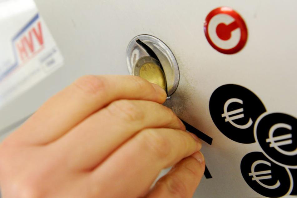 Für fast alle HVV-Tickets müssen mehr Münzen in die Automaten gesteckt werden als im Vorjahr.