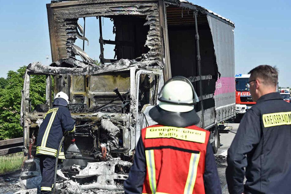 Die Einsatzkräfte konnten das Feuer löschen.