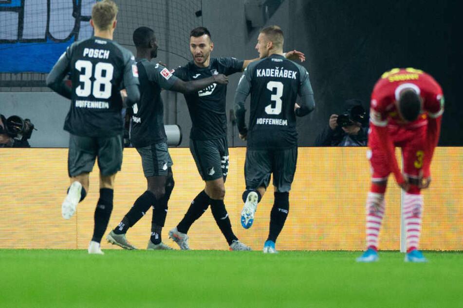 Hoffenheims Joker Adamyan (m) traf zum 1:1 (48.)