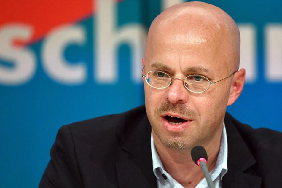 Andreas Kalbitz wurde trotz rechtsextremer Vergangenheit zum neuen AfD-Fraktionschef gewählt.