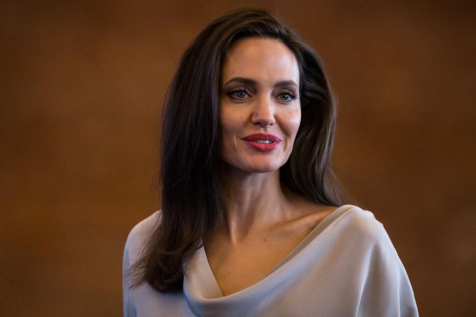 Angelina Jolie arbeitet mit ihrem Ex zusammen.