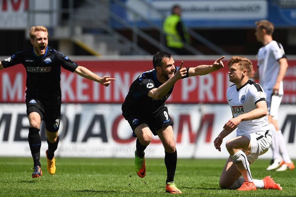 Matchwinner gegen Münster war ganz klar Koen van der Biezen (Mitte).