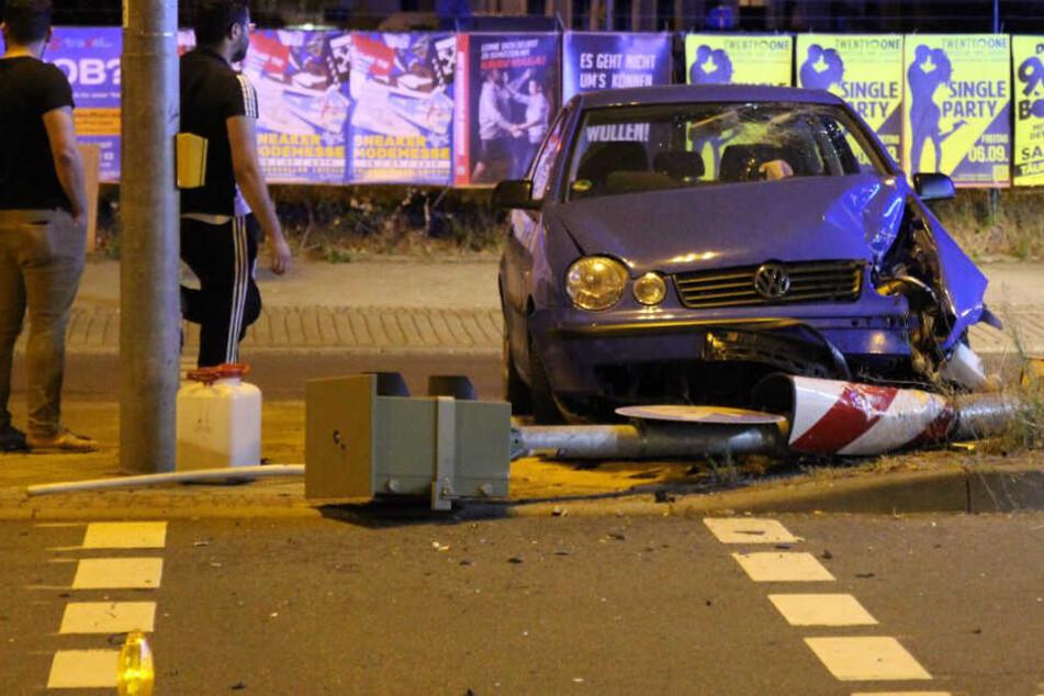 Unfall auf der B87 nahe des Leipziger Hauptbahnhofs.