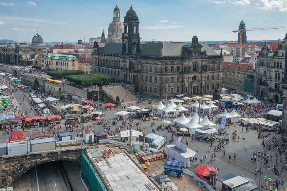 Über 500 000 Besucher sollen wieder das Stadtfest stürmen. Zum ersten Mal ist die Augustusbrücke gesperrt.