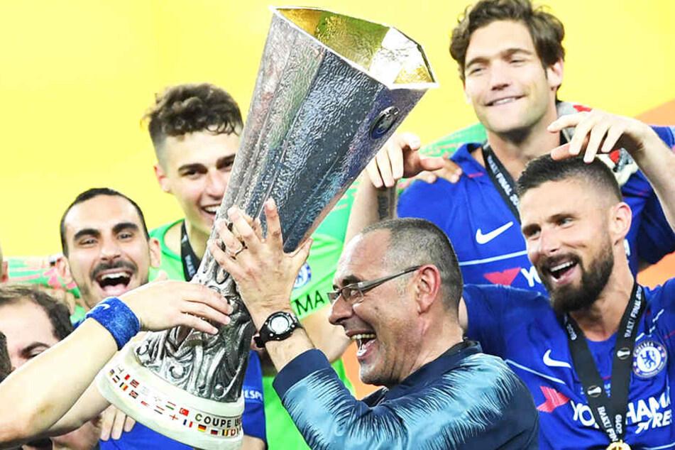 Maurizio Sarri gewann vor wenigen Wochen die Europa League mit dem FC Chelsea und ist nun als neuer Trainer von Juventus Turin vorgestellt worden.