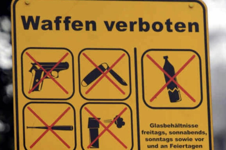 Demo in der Eisenbahnstraße: Waffenverbotszone soll weg!