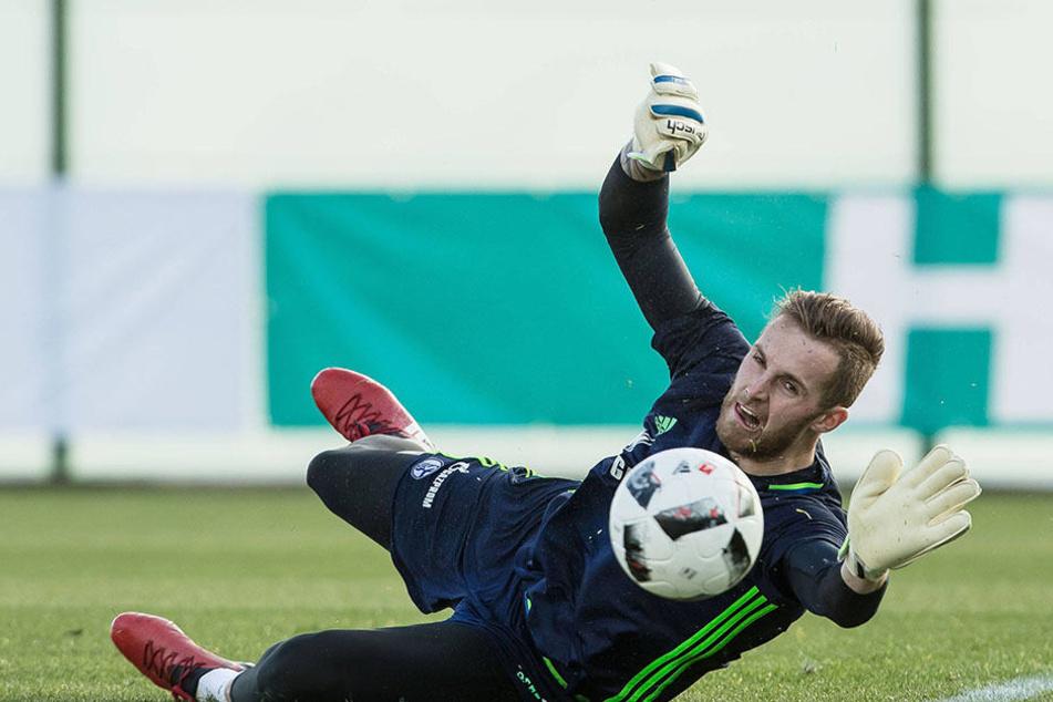 Ralf Fährmann bereitet sich mit dem FC Schalke 04 derzeit im spanischen Benidorm auf die Bundesliga vor.