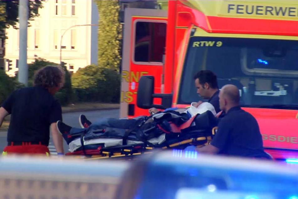 Der Motorradfahrer erlag im Krankenhaus seinen schweren Verletzungen. (Symbolbild)