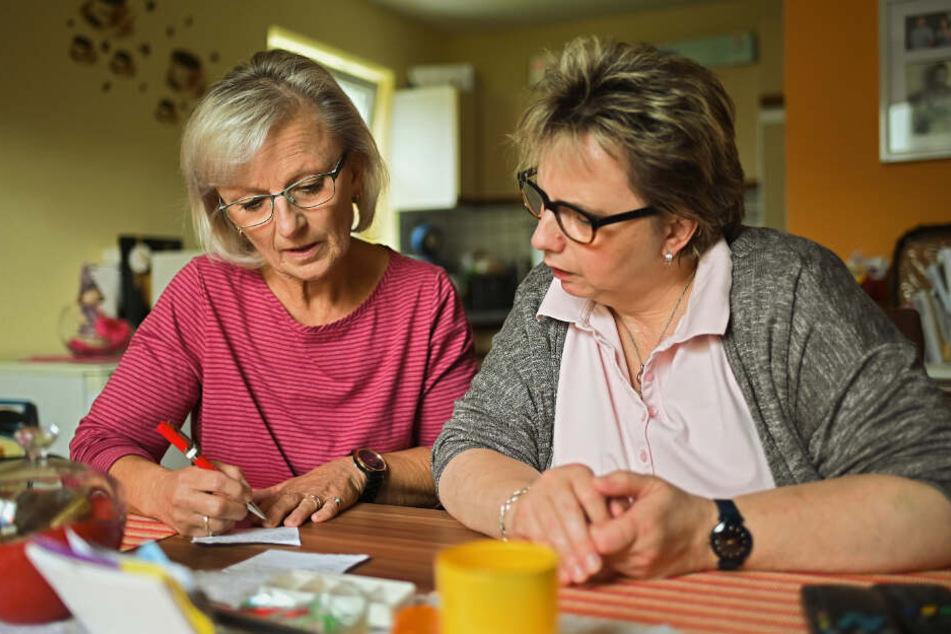 """Gegen die """"Alterskrankheit Einsamkeit"""": Seniorengemeinschaft hilft Pflegebedürftigen"""