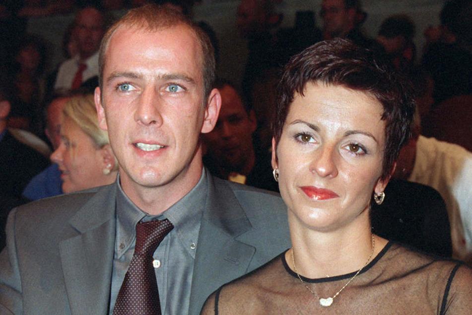 Liebes-Comeback bei Mario Basler und seiner Ex-Ehefrau Ines. Das Bild entstand 1999 bei einem Boxkampf in Köln.