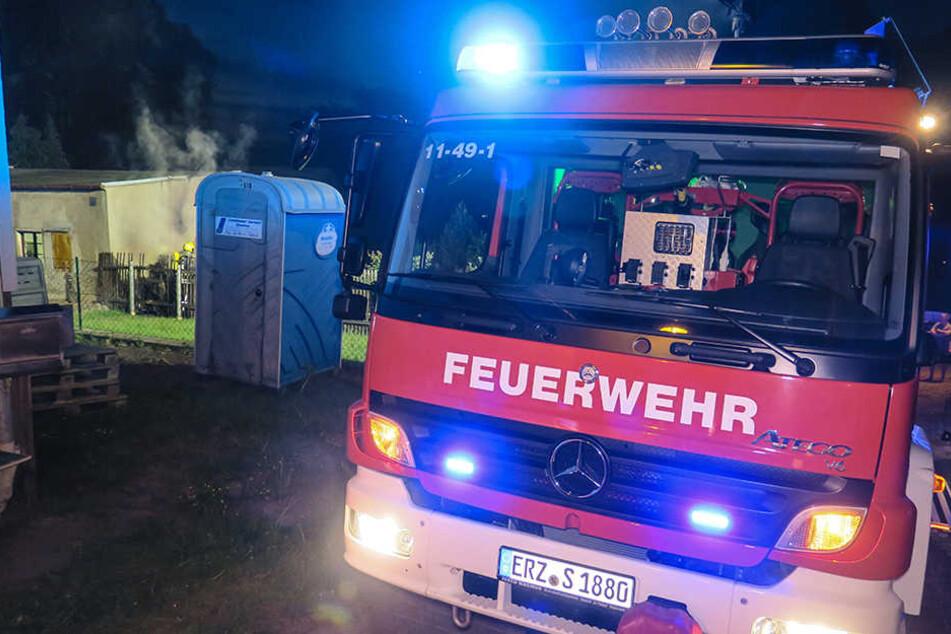 Insgesamt 21 Feuerwehrleute waren bei dem Brand im Einsatz.