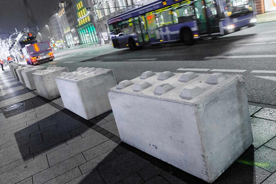 Solche Betonblöcke sollen auch den Augustusplatz säumen, wenn das Leipziger Stadtfest stattfindet. Sie sollen Anschläge mit Lastkraftwagen verhindern.