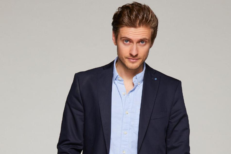 Seit 2004 spielt Jörn Schlönvoigt bei GZSZ die Rolle des Philip Höfer.