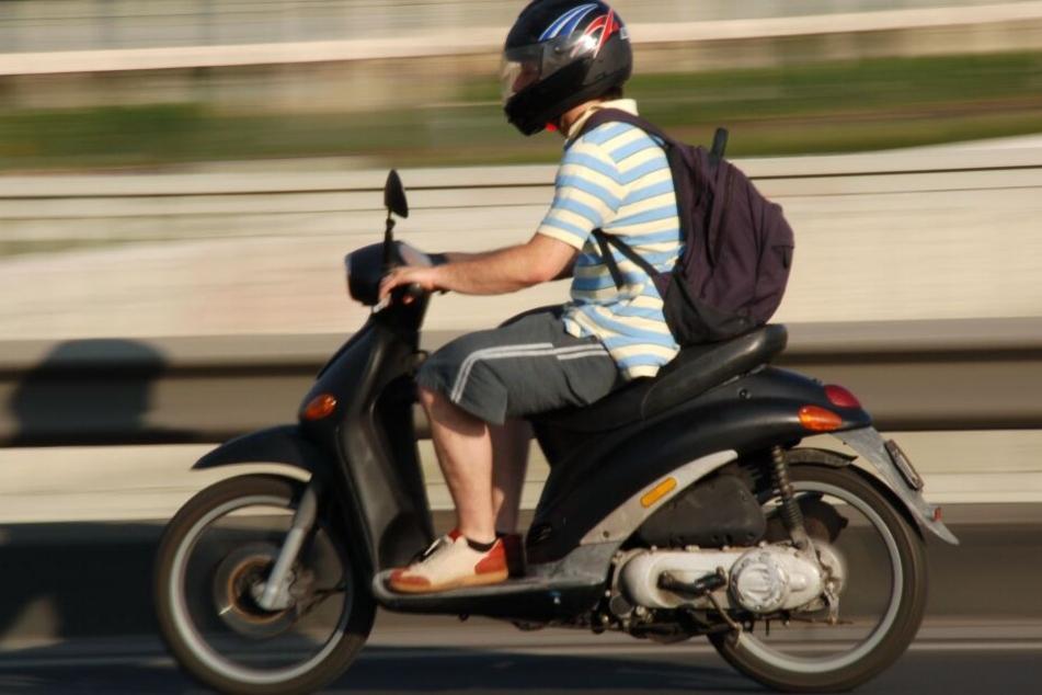 Durch die Umbauten war die Betriebserlaubnis für die Mopeds erloschen. (Symbolbild)