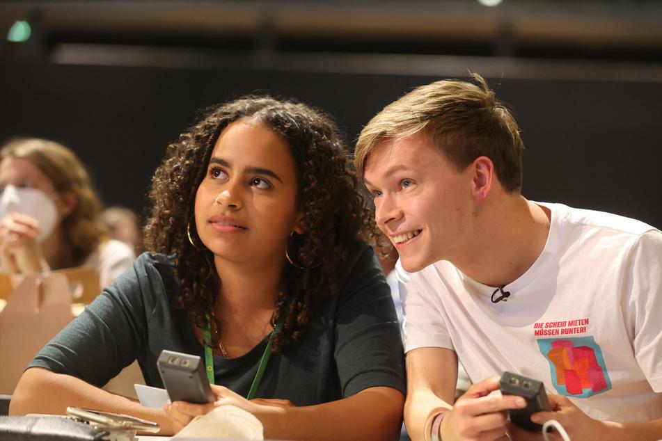 Sarah-Lee Heinrich (20) und Timon Dzienus (25) sind seit Kurzem Bundessprecher der Grünen Jugend.