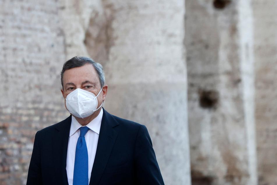 Italiens Ministerpräsident Mario Draghi (73).