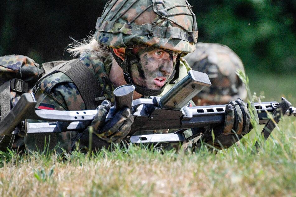 """""""Feldwebelin"""": Weibliche Dienstgrade bei der Bundeswehr geplant"""