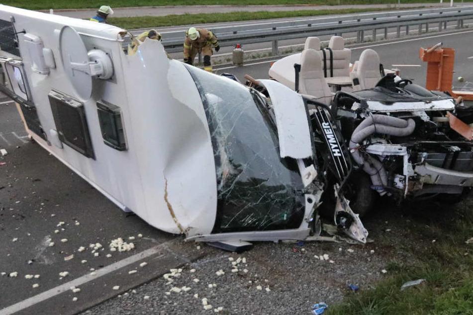 Auf der Bundesstraße 19 in Bayern hat sich ein schwerer Unfall ereignet.