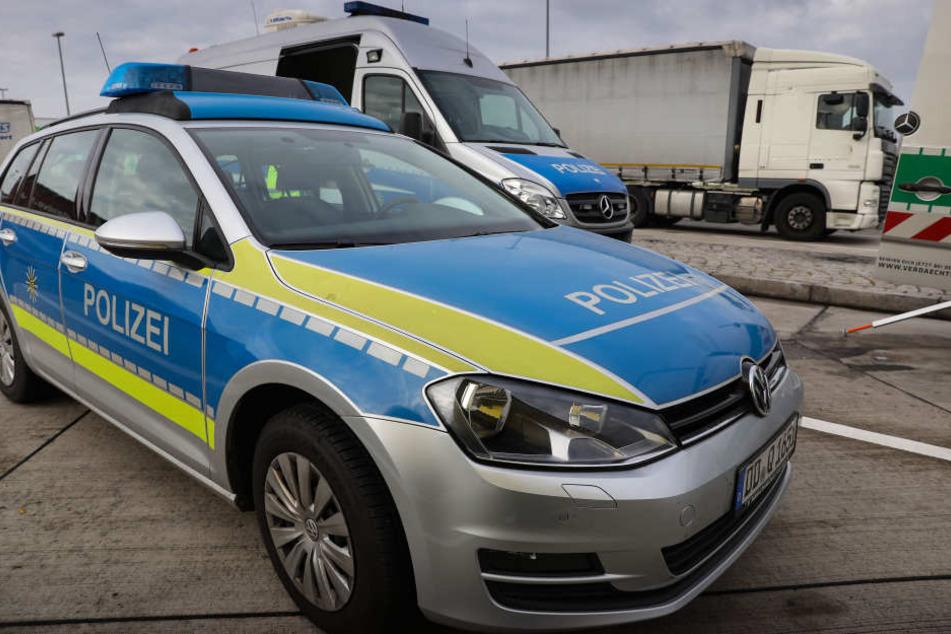 Bei einer Routinekontrolle ging den Beamten ein per Haftbefehl gesuchter Brummi-Fahrer ins Netz.