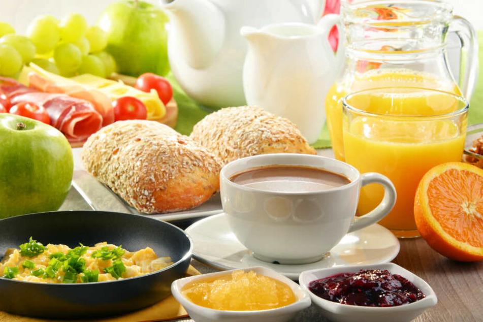 Der Dieb machte sich erstmal Frühstück. (Symbolbild)