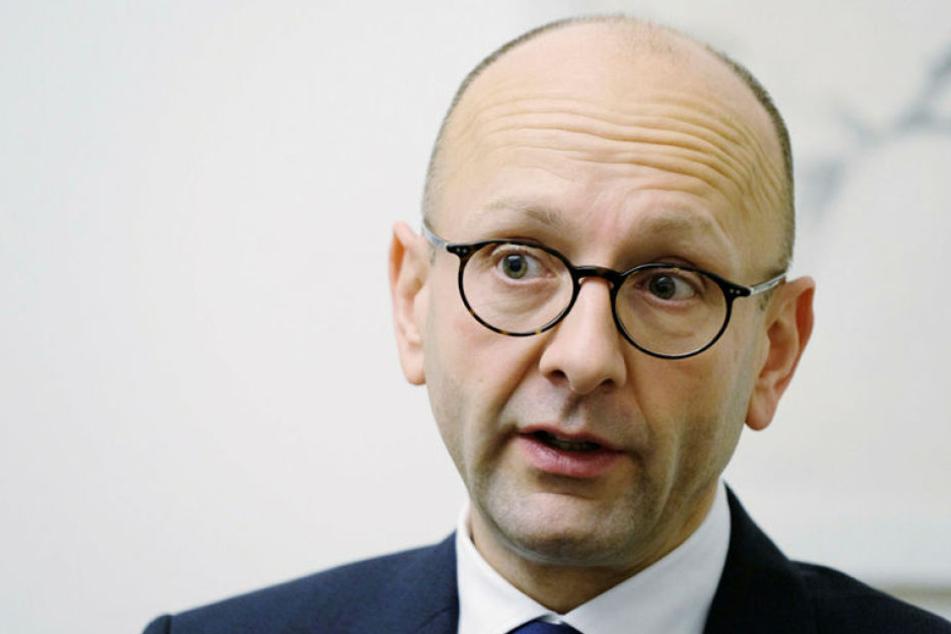 Von der Verbraucherzentrale verklagt: Insolvenzverwalter Lucas Flöther.