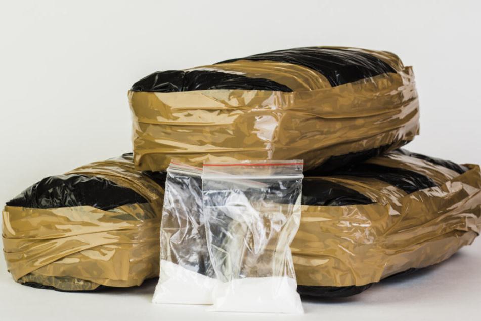 Stolze 12 Kilo Kokain hatte der 28-Jährige im Auto versteckt. (Symbolbild)