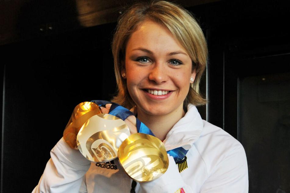 Im Jahr 2010 durfte sich Magdalena Neuner bei den Olympischen Spielen über Edelmetall freuen. (Archivbild)