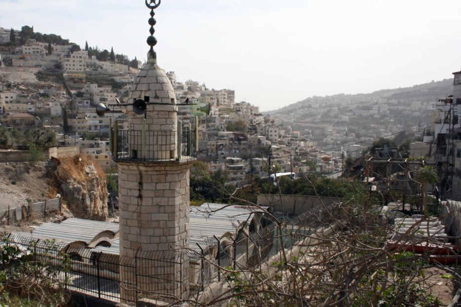 Die Al Ein Moschee im Ost-Jerusalemer Stadtviertel Silwan in der Nähe  der Altstadt. Auch hier ertönt der Ruf des  Muezzins fünf Mal am Tag über Lautsprecher.