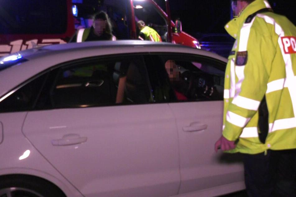 Die Polizei ermahnte mehrere Gaffer auf der Autobahn 5.
