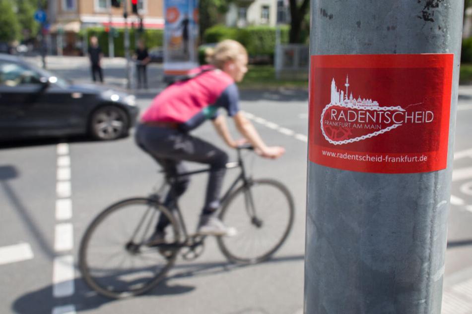 Am Sonntag demonstrierten rund 500 Bürger in Frankfurt für bessere Bedingungen für Radfahrer (Symbolbild).