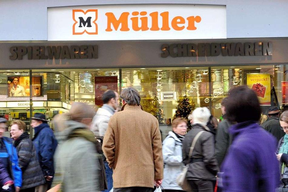 Die Drogeriemarkt-Kette Müller äußerte sich via Facebook, löschte den Post aber kurz darauf wieder. Warum?
