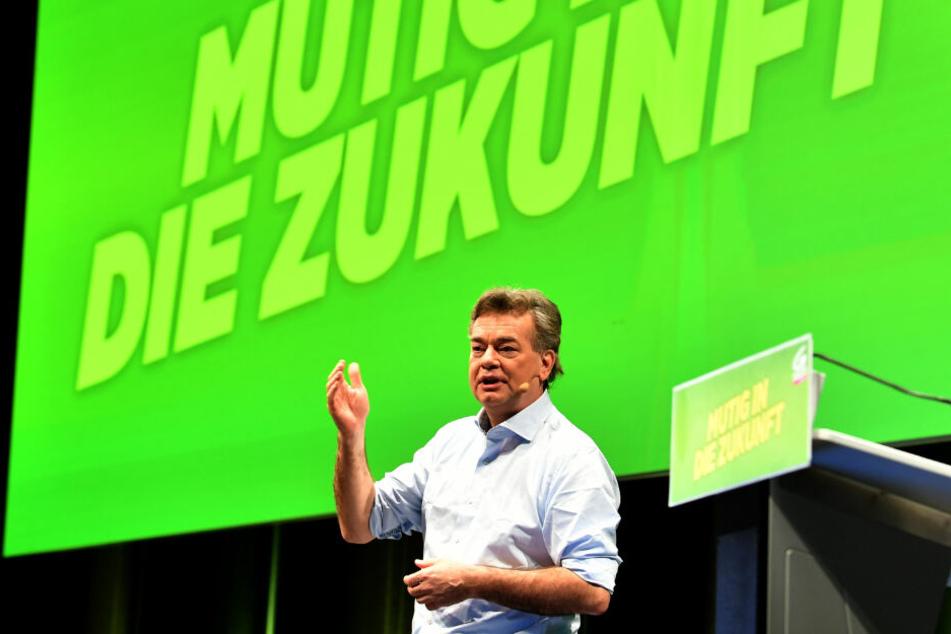 Grünen Bundessprecher Werner Kogler spricht beim Bundeskongress der Grünen mit Entscheidung über Koalitionsabkommen mit der ÖVP.
